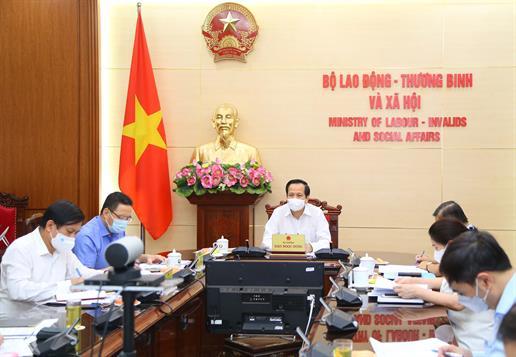 Bộ trưởng Đào Ngọc Dung: Đặt mục tiêu an toàn tính mạng và sức khỏe của người dân lên trên hết