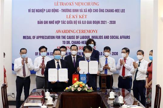 Lễ ký kết bản ghi nhớ hợp tác giữa Bộ Lao động – Thương binh và Xã hội và Tổ chức Lao động Quốc tế